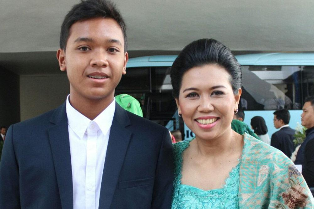 wta finals yayuk basuki and son