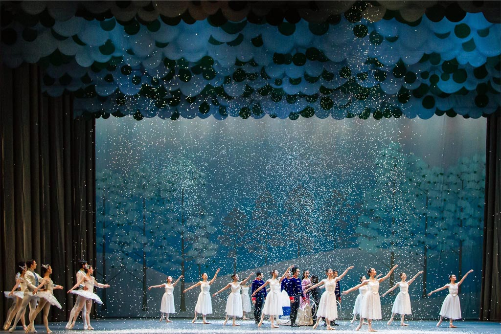 the-nutcracker-singapore-dance-theatre-1