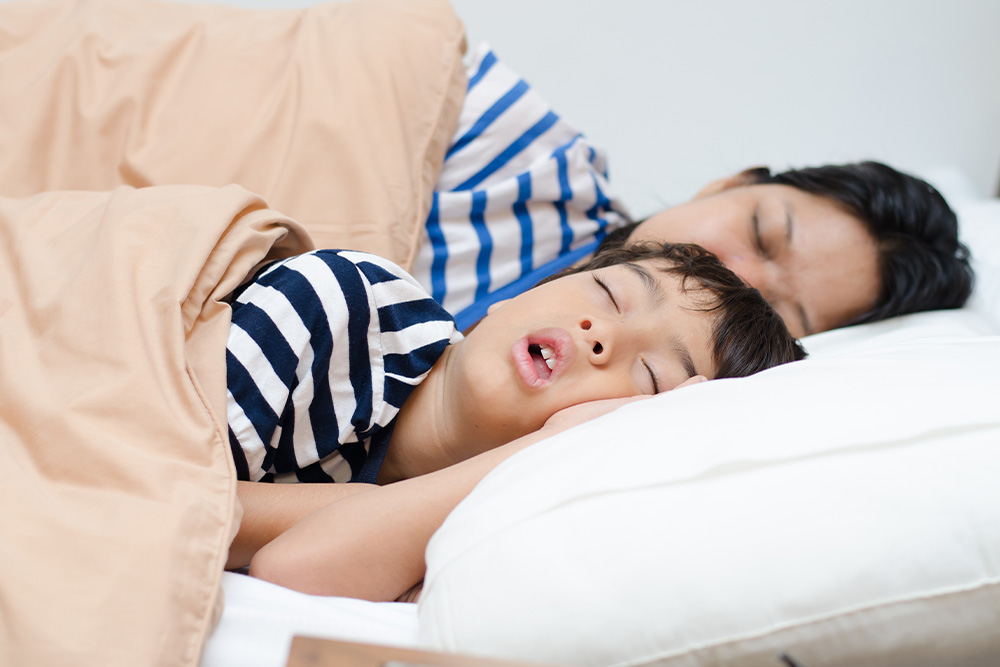 toddler-cosleeping