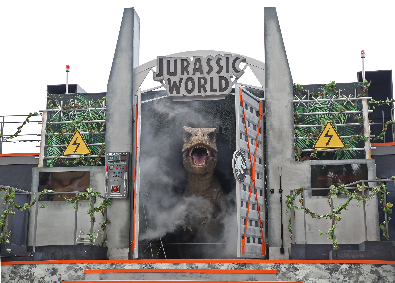 USS - Jurassic World Explore & Roar - Show feat T.rex 1